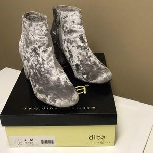 Velvet Grey/Silver Booties Size 7
